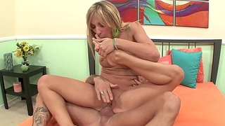 Great second-rate Girly Stepdaughter get boinked deep in cunt deep authentication giving wet mouth