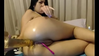 Hot slut fucked thick dildo in wet ass live show for free