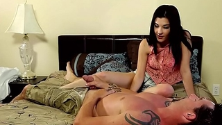Amateur babe sucking and tugging her man