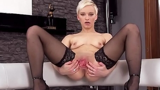 Coquettish czech chick opens up her juicy crack to the bizarre